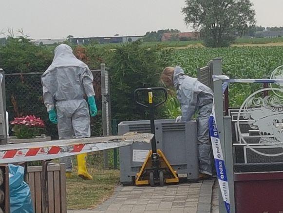 Drugslab opgerold in Diksmuide. De civiele bescherming ontmantelt het zaakje.