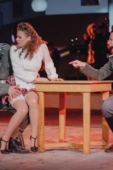 Twee Tholenaren doen mee aan Bergs theaterstuk Supersum