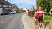 Tien jaar nadat grootvader met de fiets verongelukt wordt kleinzoon (10) op zelfde plek aangereden door vrachtwagen