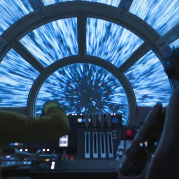 Geen vonk te bekennen en veel opvulmateriaal: **Solo is Star Wars op z'n dunst** (**)