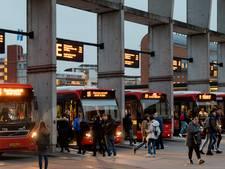 Meer agressie tegen buschauffeurs, tóch haalt Arriva beveiligers van bussen