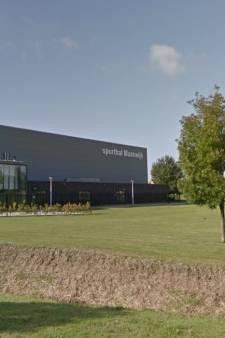 Dak sporthal Maaswijk krijgt 640 zonnepanelen