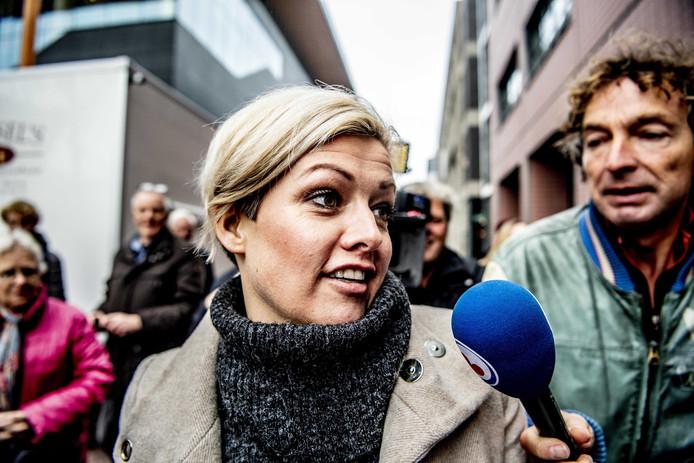 Jenny Douwes voorafgaande de uitspraak in de rechtszaak rond de A7-blokkade.