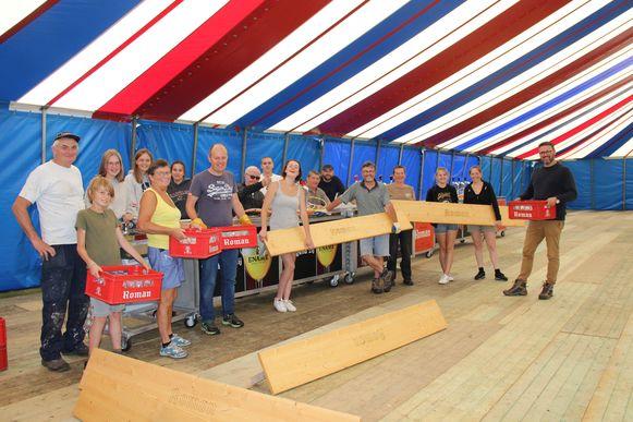 In de tent in de tuin van burgemeester Joris Nachtergaele is het dit weekend feest.