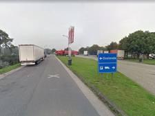 Migranten voeren verrassingsaanval uit op Belgische agenten