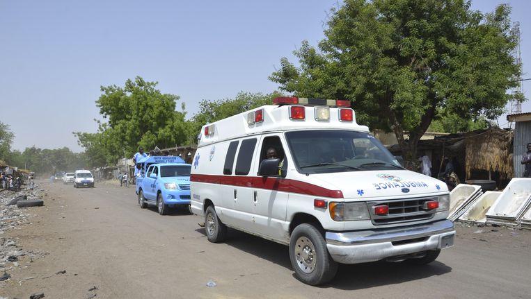 Hulpdiensten in Maidaguri na een zelfmoordaanslag begin deze maand.