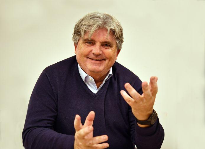 Arie van den Berg, voorzitter van SV Heinenoord.