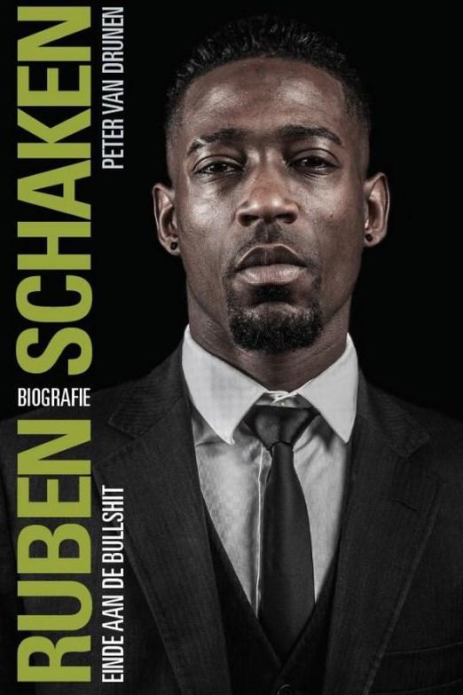 De cover van de biografie van Schaken.