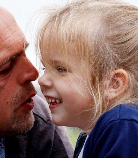 Vader (44) en dochter (4) uit Scherpenzeel verongelukten nadat moeder (39) een herseninfarct kreeg
