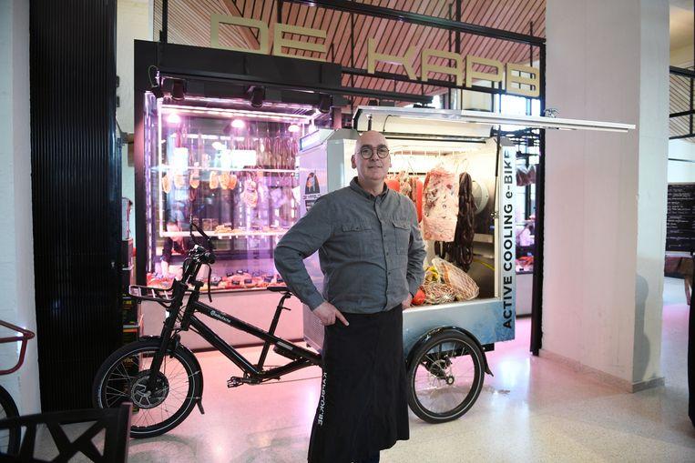 Erwin Mertens is één jaar na de opening van foodmarket De Smidse een tevreden man.