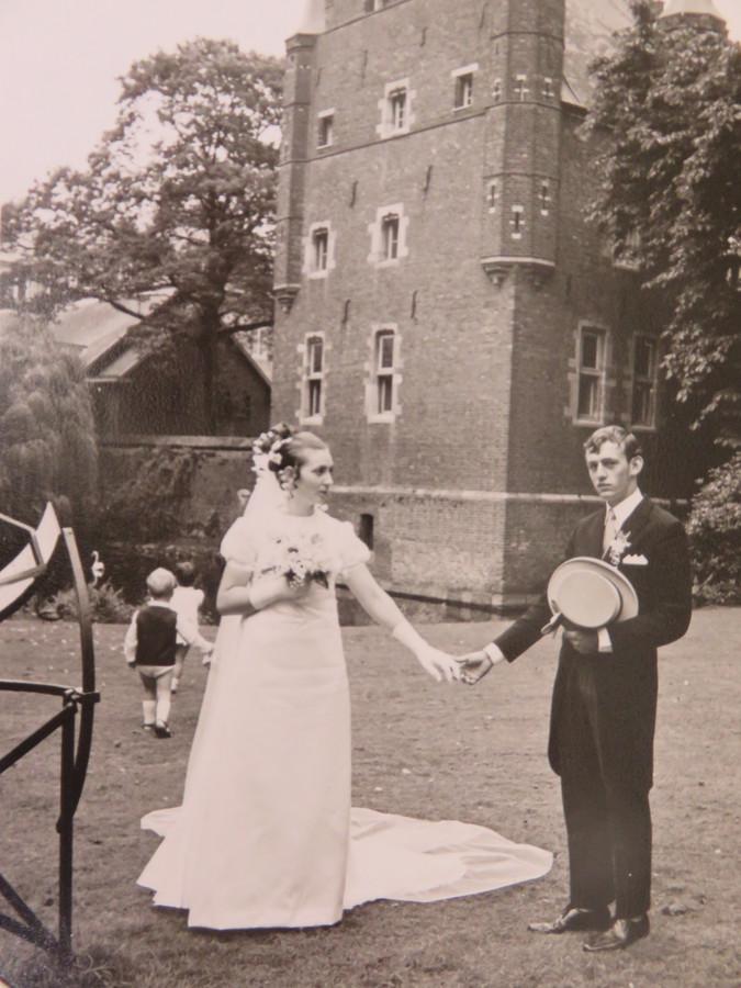 Rini en Mien van Hoek op hun trouwdag in 1970.
