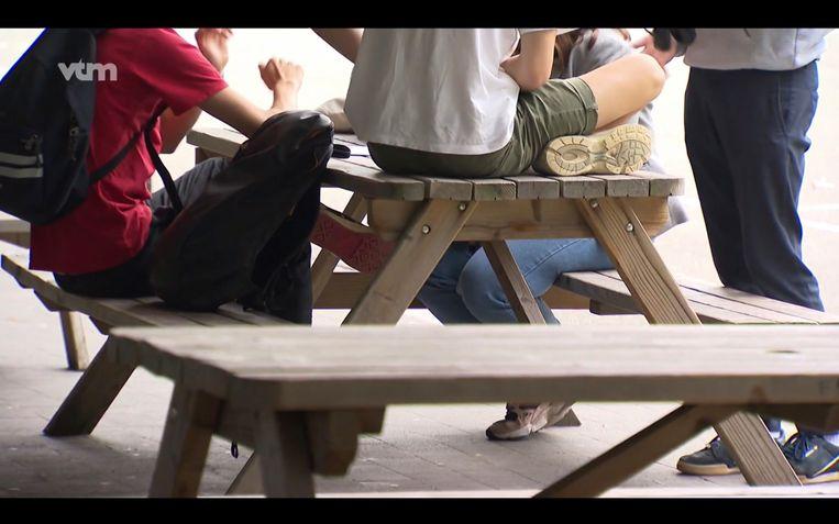 In Brasschaat gaan vijf middelbare scholen speekseltesten afnemen van leerlingen in de strijd tegen drugs.