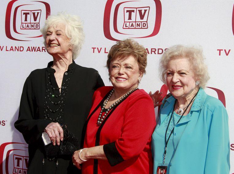 The Golden Girls: Beatrice Arthur (links), Rue McClanahan (midden) en Betty White.