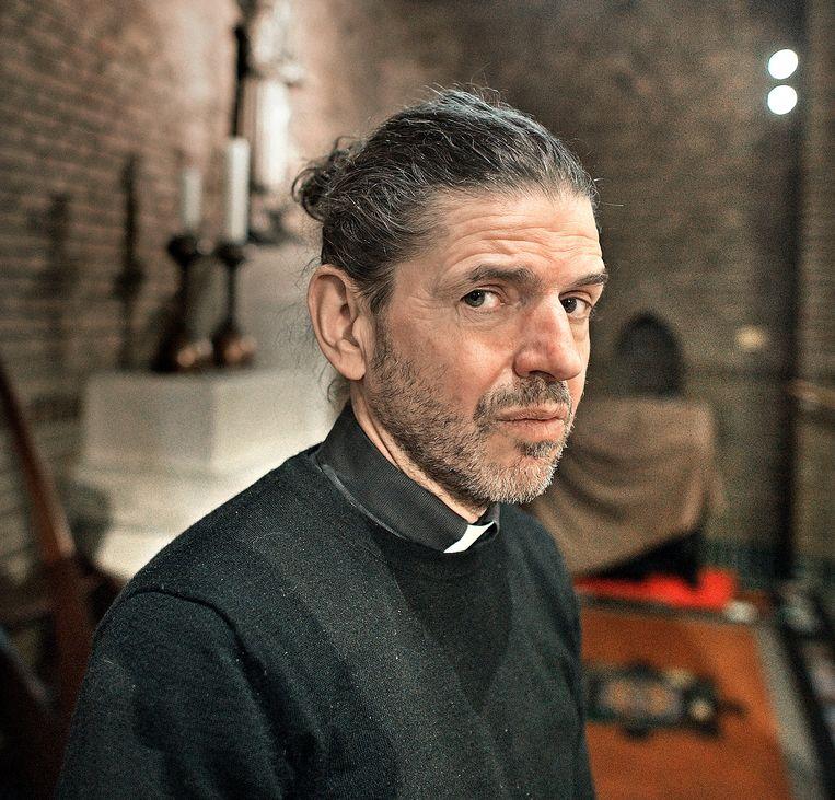 Pastoor Pierre Valkering van de Amsterdamse Vredeskerk. Beeld Guus Dubbelman / de Volkskrant