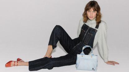 It-girl Alexa Chung ontwerpt haar eerste handtas en die is verrassend betaalbaar