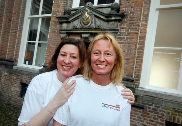 Tandartsen Jeanne Baggen en Marjon van Geel van tandartsenpraktijk 't Weeshuis.