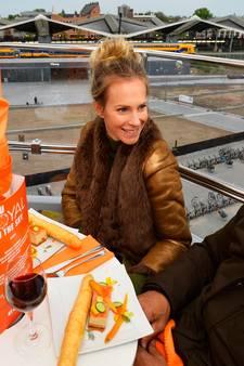 'Niets laten vallen!' Koninklijk dineren op veertig meter hoogte in reuzenrad in Tilburg