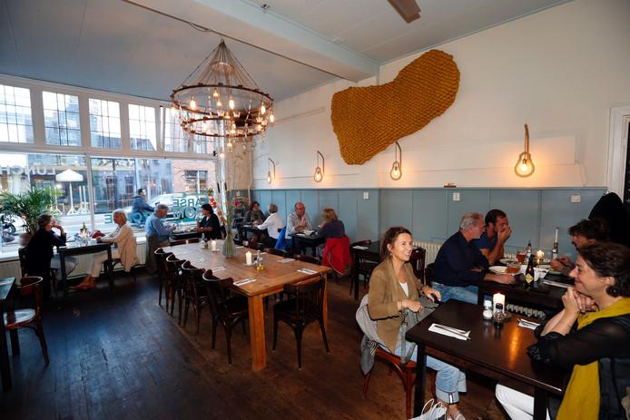 Eetcafé de Karseboom in Eindhoven is al jaren een begrip in de stad.