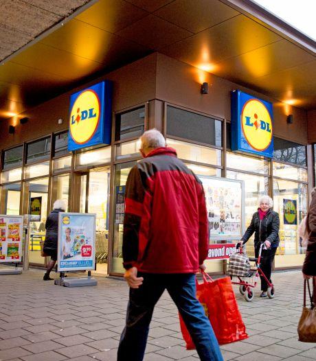 Lidl draait ontslag van twaalf 'snoepende' werknemers terug. 'Straf was disproportioneel'
