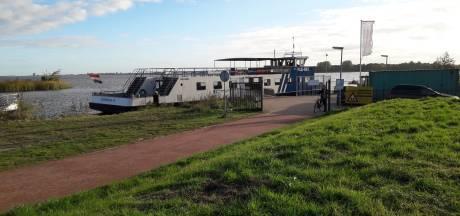 Vernielingen leggen veerpont tussen Zeewolde en Ermelo tijdelijk stil