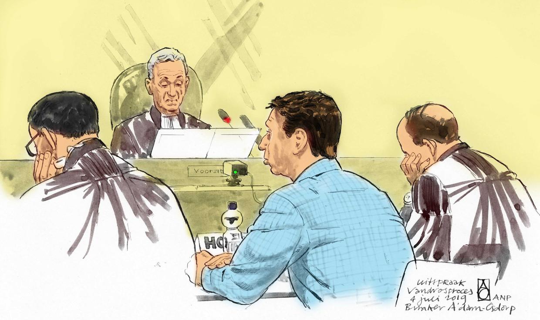 Rechtbanktekening van Willem Holleeder tijdens de uitspraak.