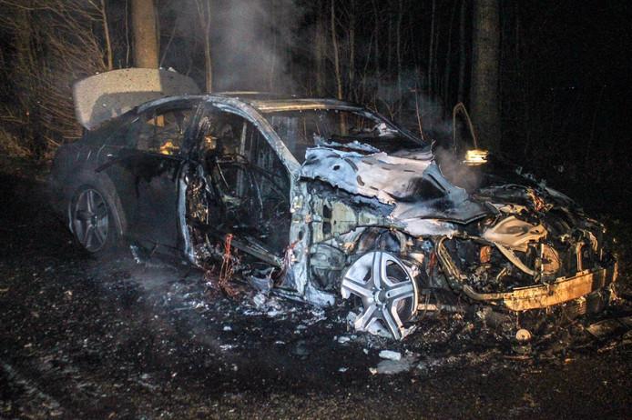 Mercedes is helemaal uitgebrand in Angerlo
