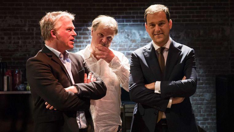 15 maart: Wouter Bos, Hans Spekman en Lodewijk Asscher kijken naar de voor de PvdA rampzalige verkiezingsuitslagen op tv. Beeld Bart Maat / ANP