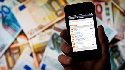Zoveel kosten uw bankzaken in het buitenland: soms is kredietkaart gebruiken voordeliger