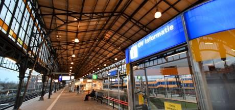 Ingehouden woede na besluit NS om alle personeel van station Hengelo weg te halen