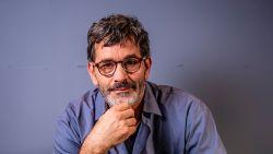 """Koen De Bouw speelt hoofdrol in 'Torpedo': """"Ik heb hier een leven lang naar uitgekeken: een acteur van 55 zijn"""""""