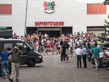 Politie geeft herkenbare beelden van NEC-relschoppers vrij