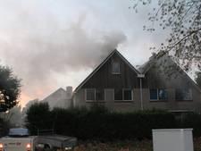 Veel rook bij brand op bovenverdieping huis in Tiel