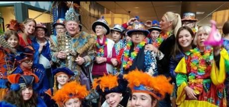 Carnavalshoedjes voor prins Ludovieckus van Lampegat Eindhoven