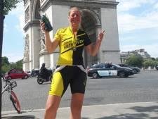 Utrechtse Jacomina (46) snelste vrouw ooit in  triathlon van Londen naar Parijs: 'Ik heb het gewoon geflikt!'