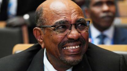 Broer van Soedanese president verkoopt paspoorten aan Syrische vluchtelingen