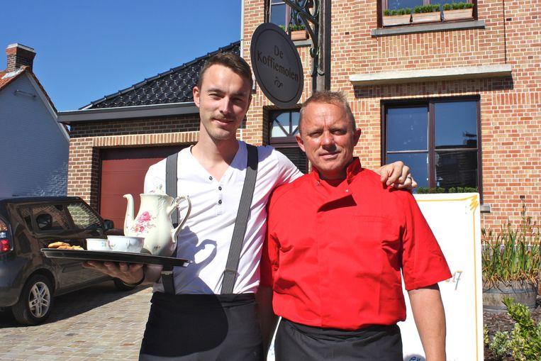 Stijn Nuyts en John Meeus openen vandaag hun koffie- en theehuis in de Zuidlaan.