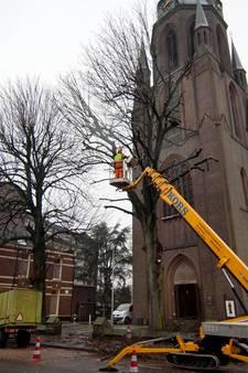 Brandje kapel Jozephkerk in Enschede aangestoken