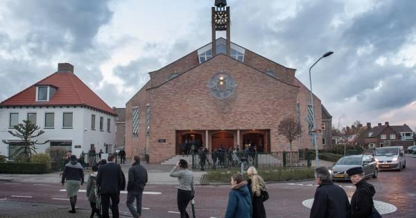 Opheusden verscheurd door kerkbreuk: 'Mensen kunnen elkaar niet luchten of zien' - De Gelderlander