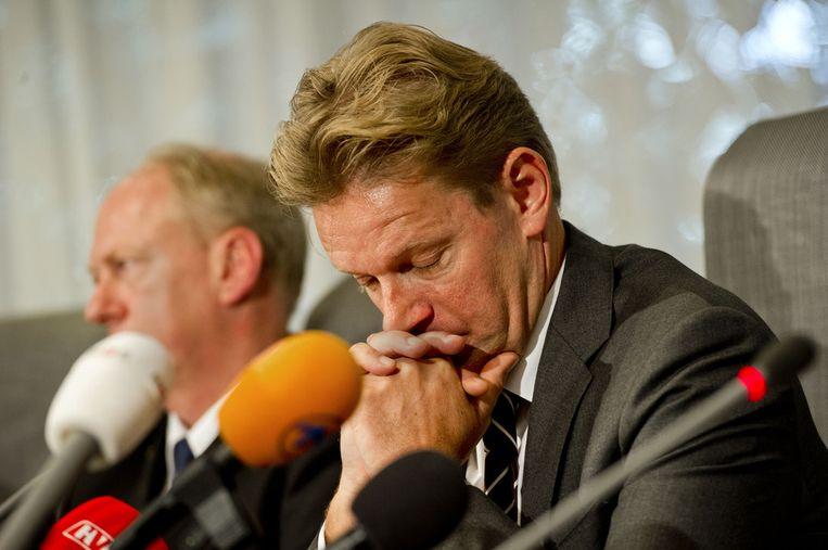 Rob Bats tijdens de persconferentie een dag na de rellen Beeld ANP