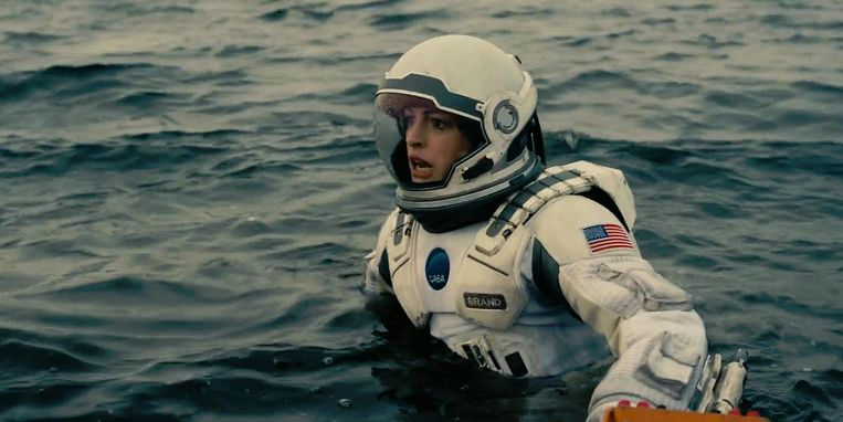 Anne Hathaway in  Interstellar. Beeld null
