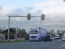 Raad geeft bedrijven Lopikerpoort voorrang boven verkeersellende