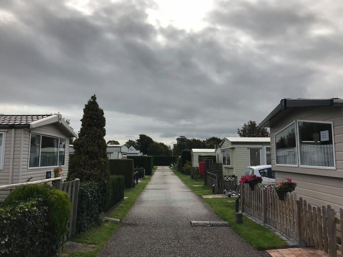 Voorlopig mogen er geen caravans en huisjes op Duinrand worden verkocht.