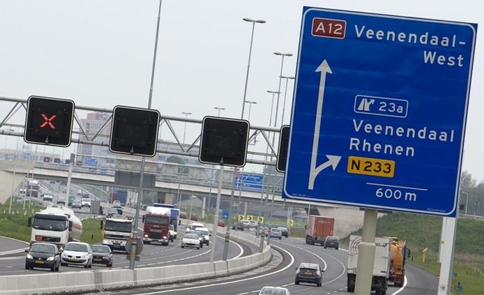 De afslag Veenendaal op de A12.