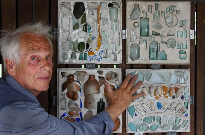 Culemborger Joost Váhl met zijn kunstwerken.