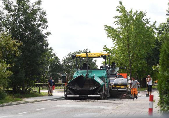 De Holsbeeksesteenweg in Kessel-Lo.