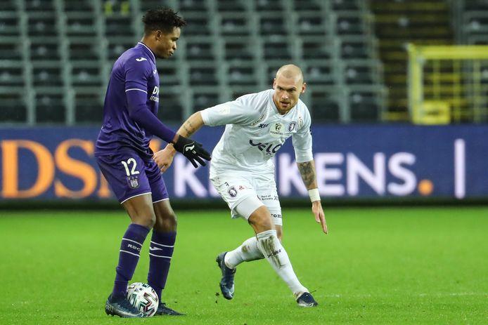 Tegen Anderlecht mocht Denis Prychynenko nog eens opdraven. De cultverdediger lijkt aan zijn laatste maanden bezig bij Beerschot.