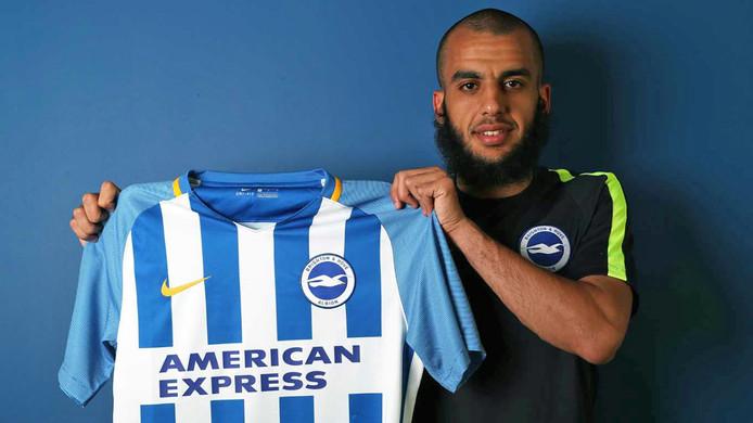 Voetballer Soufyan Ahannach is gepresenteerd als nieuwe speler van Brighton & Hove Albion
