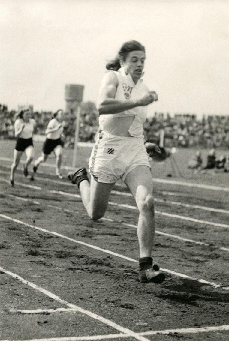 De Nederlandse hardloopster Foekje Dillema in 1949. Beeld Hollandse Hoogte