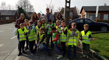 Kinderen en jongeren maken zondag Bonheidense straten proper