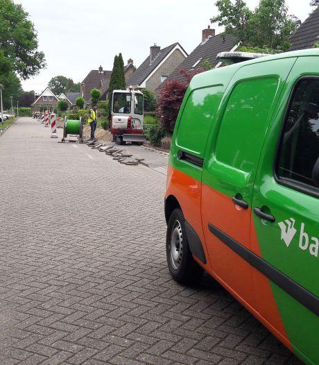 Glasvezel in kernen van het Vechtdal en een stukje Zwolle komt tegel voor tegel dichterbij